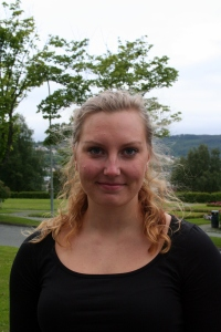 Iselin Pettersen tar med seg mange gode minner fra studietida ved NTNU. Nå gleder hun seg til å ta i bruk utdanningen sin i arbeidslivet.