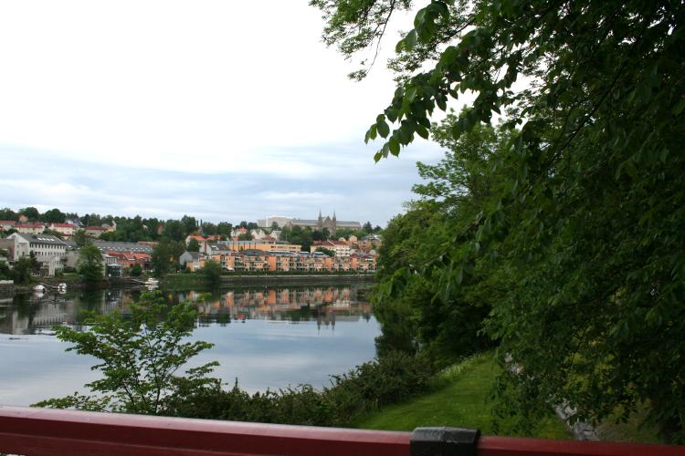 Utsikt mot Gløshaugen fra Gamle Bybro. Foto: Tine O. Fauskanger